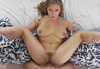 Perfect body blonde nanny